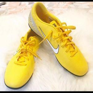Nike Neymar Vapor 12 Soccer Cleats Mens Size 9.5